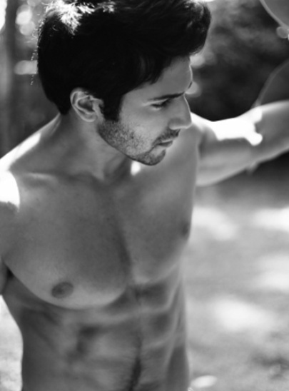 varun dhawan hot picture 9