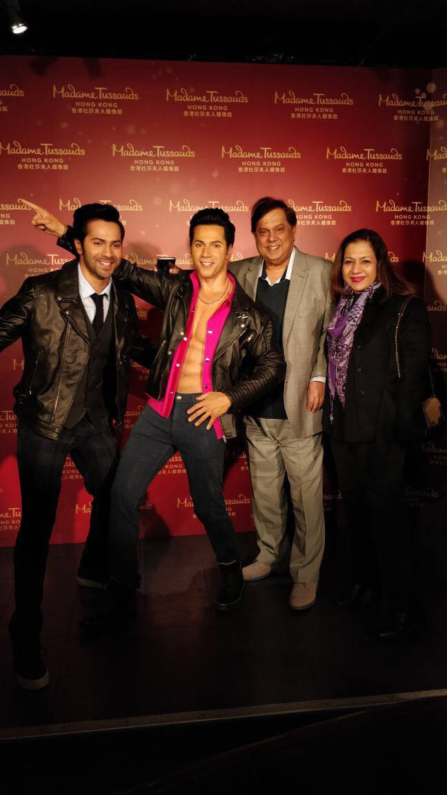 varun dhawan with dad david and mom