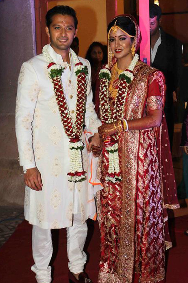 vatsal seth and ishita dutta wedding image