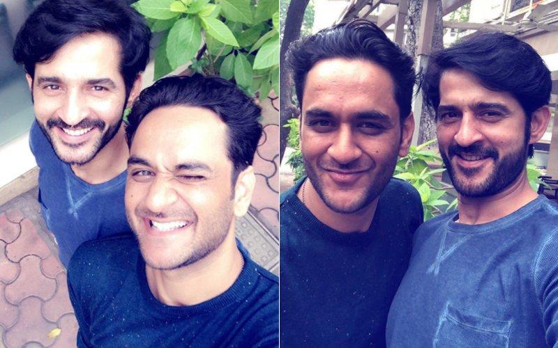 "PIC: Bigg Boss 11's Vikas Gupta Hangs Out With ""BADE BHAIYA"" Hiten Tejwani, Highlighting Their Brotherhood"