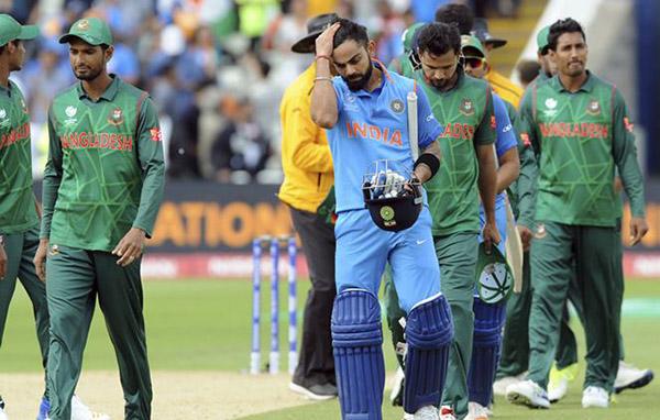 virat kohli after losing his wicket