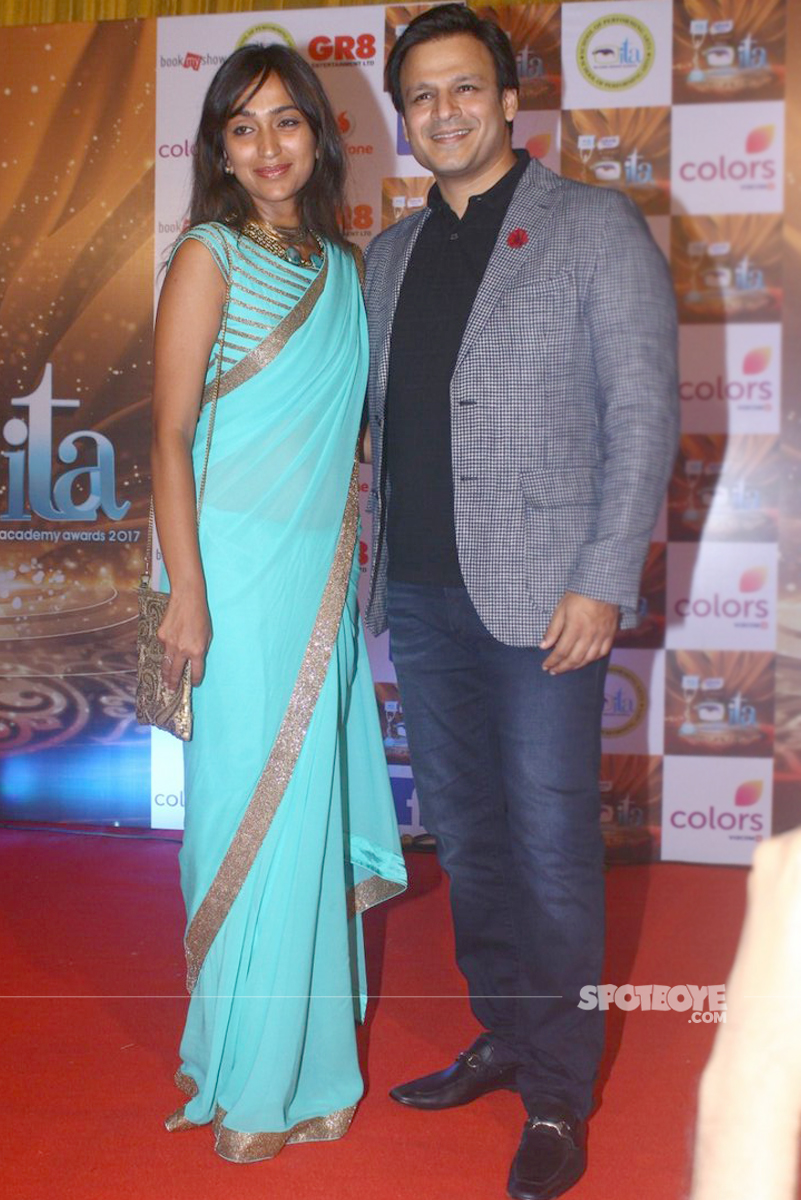 vivek oberoi with wife priyanka oberoi