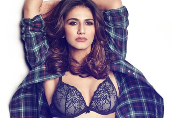 Who DOES NOT Want To Watch Or Hear Vaani Kapoor's Hot Rendition Of Ni Main Yaar Manana Ni?
