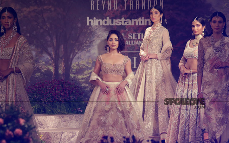 Runway Beauty: Yami Gautam Looks Gorgeous As Bride