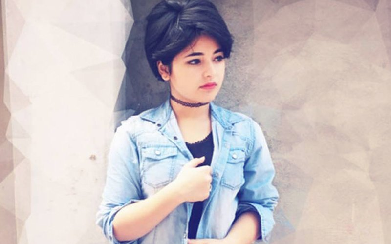 Dangal Girl Zaira Wasim Escapes A Fatal Accident On Kashmir's Dal Lake