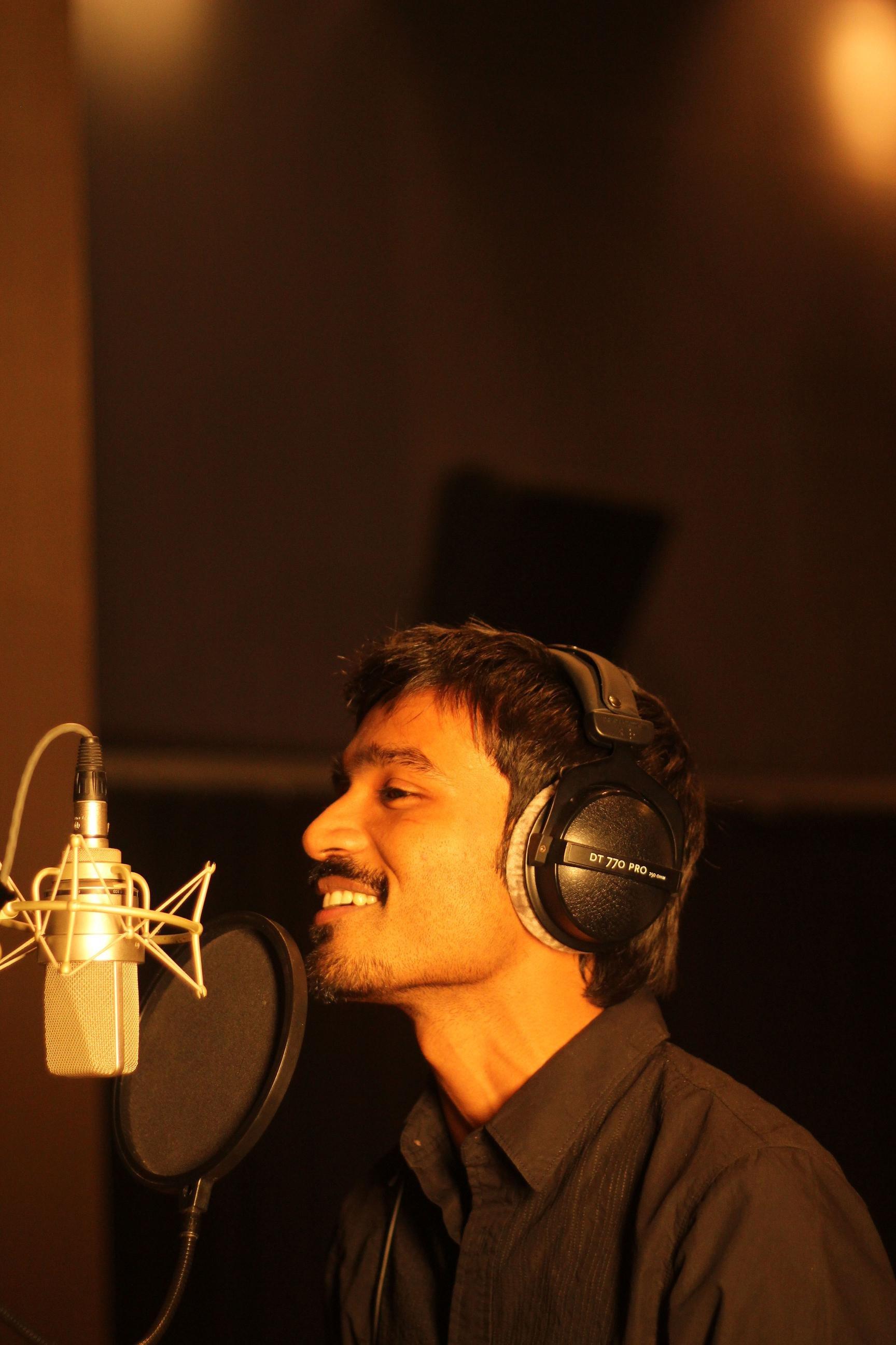 kolaver di singer dhanush