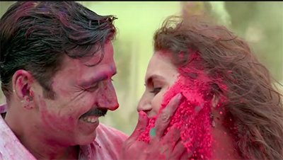 akshay kumar and huma quereshi in a still from jolly l l b 2