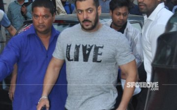 Salman In Trouble Again, Supreme Court Issues Notice In Chinkara Poaching Case