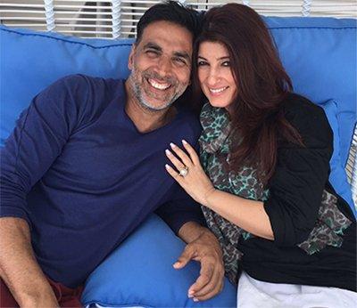 Akshay_Kumar_and_Twinkle_Khanna_In Happy_Moments_Twitter_akshaykumar.jpg