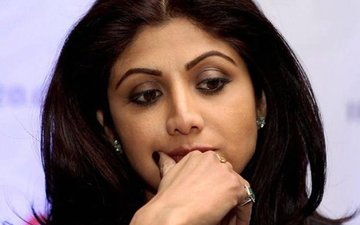 Shilpa Shetty Gets Heavily Trolled On Social Media, #ShilpaShettyReviews Trends