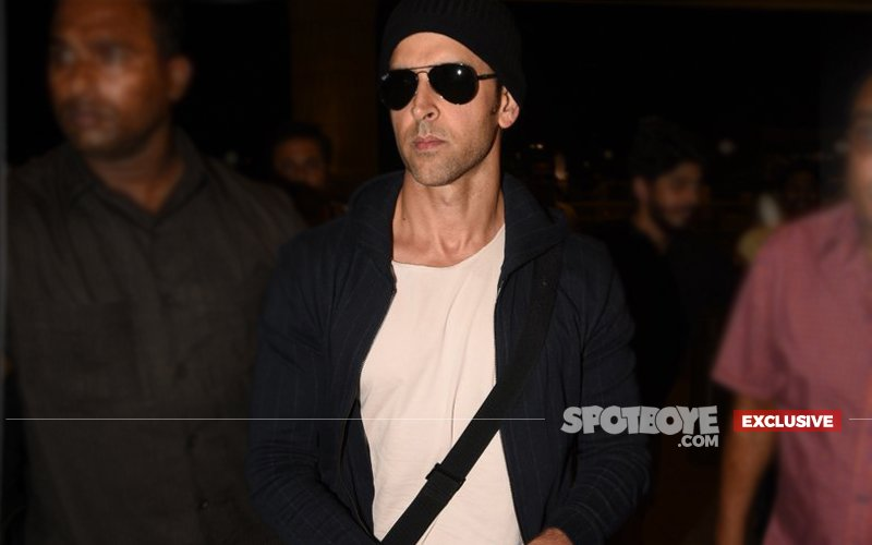 Is Hrithik Roshan Holidaying With Someone 'Special' in Singapore?