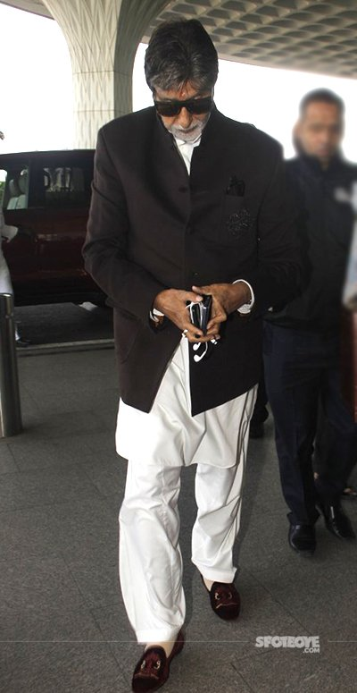 we also spotted Big B at airport