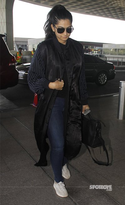 rhea kapoor spotted at airport