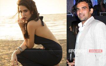 SCOOP: Chak De! Girl Sagarika Ghatge Is Dating Cricketer Zaheer Khan