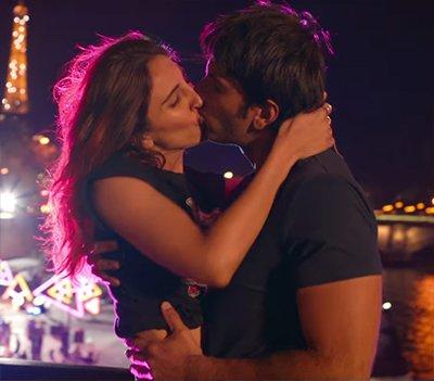 ranveer singh and vaani kapoor hot kiss in befikre