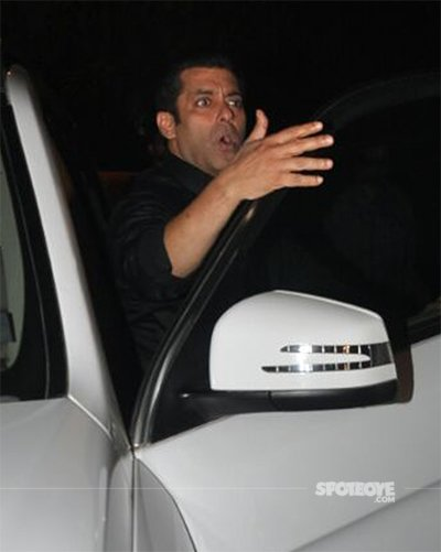 salman khan angry at the party
