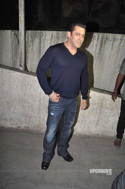 Salman at Dangal screening