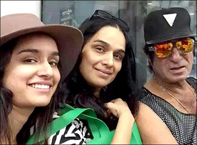 shakti kapoor and family