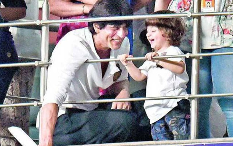 Shah Rukh Khan's Tiny Tot AbRam All Set For School!