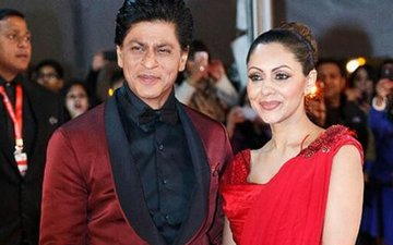 Shah Rukh Khan Welcomes Wife Gauri To Twitter With Special Announcement