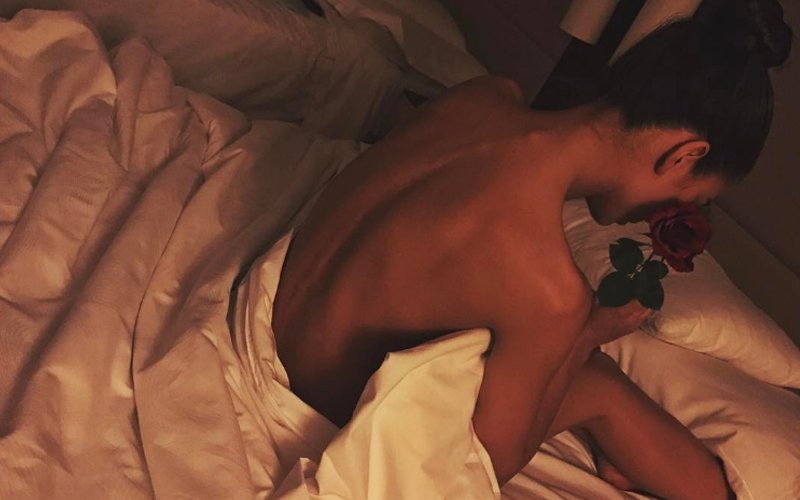 SIZZLING HOT: Amy Jackson Goes Nude Between The Sheets