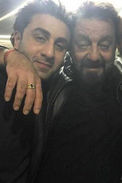sanjay dutt and ranbir kapoor share a warm moment with each other