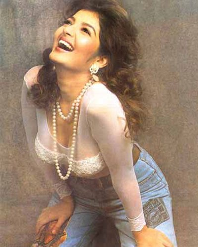 Porn Videos Land On Yesteryear Sexy Lady Sonu Walia's Mobile Phone