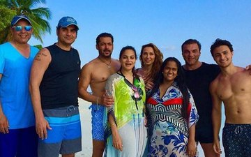 Salman Khan Looks Refreshed As He Poses With Iulia Vantur At The Beach