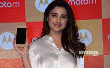 Parineeti Chopra Shimmers And Shines At A Launch Event