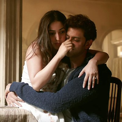 yami gautam and hrithik roshan in kaabil