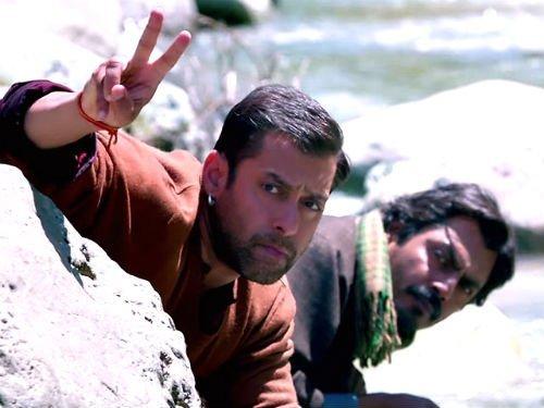 salman khan and nawazzudin siddiqui bajrangi bhaijaan