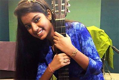 fatwa issued against indian idol girl afrin nahid