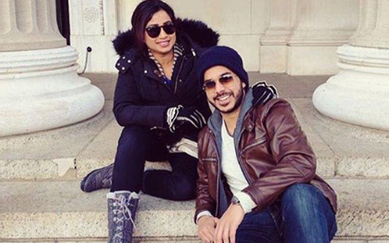 Shreya Ghoshal Romances Hubby In New York & Iceland