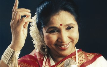 The Oh-So-Still-Young Asha Bhosle Gets Devotional With A Single