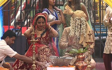Bigg Boss 10, Day 94: Mona-Vikrant Exchange Wedding Vows