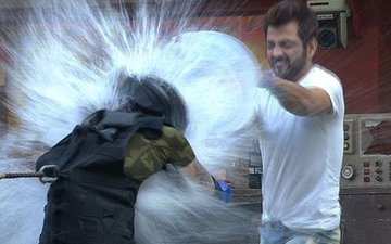 Bigg Boss 10, Day 96: Manu Puts Oil & Eggs On Bani, Rohan & Mona!