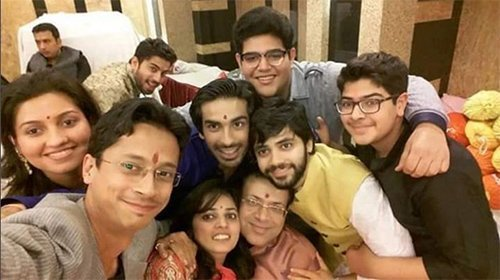 mohit sehgal with friends