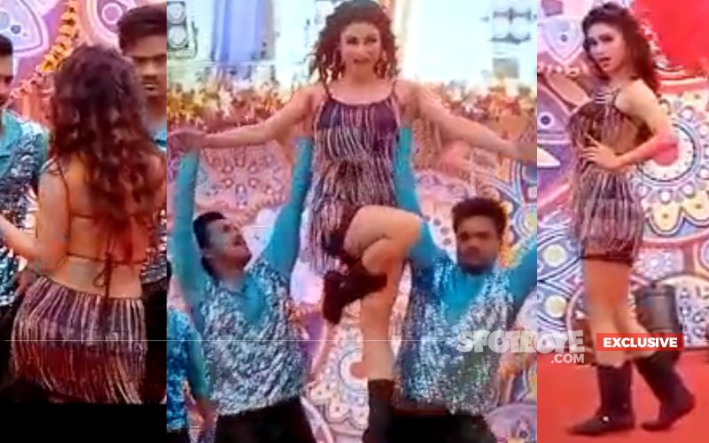 WATCH: Mouni Roy's Titillating Moves In Her Holi Dance