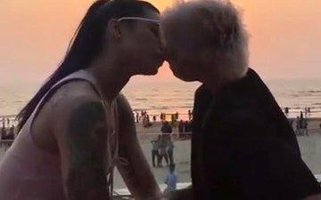 VJ Bani & Sapna Bhavnani Share A Passionate Kiss In Public