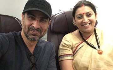 This Reunion Picture Of Ronit Roy & Smriti Irani Aka Mihir-Tulsi Will Make You Nostalgic