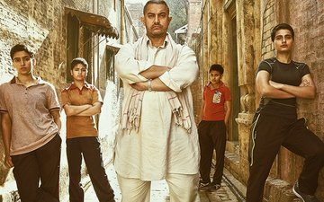 SOCIAL BUTTERFLY: Aamir Shares The Second Poster Of His Film Dangal