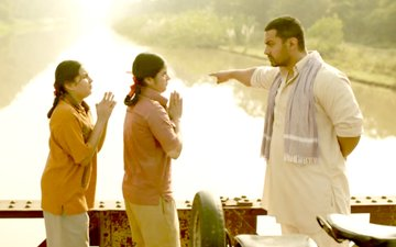 SOCIAL BUTTERFLY: Dangal's Third Song Hits The Market