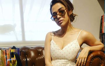 'Girlfriend' Singer Shalmali Kholgade Shares Stage With Papon For A New Bengali Song