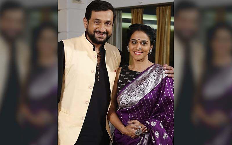 'Prasad Oak And Manjiri Oak's Anniversary': Sonalee Kulkarni's Adorable Post Wishing The Happy Couple