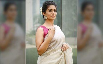 'The Mirror Crack'd': Watch Sonali Kulkarni Spill The Beans About A Scandalous Affair