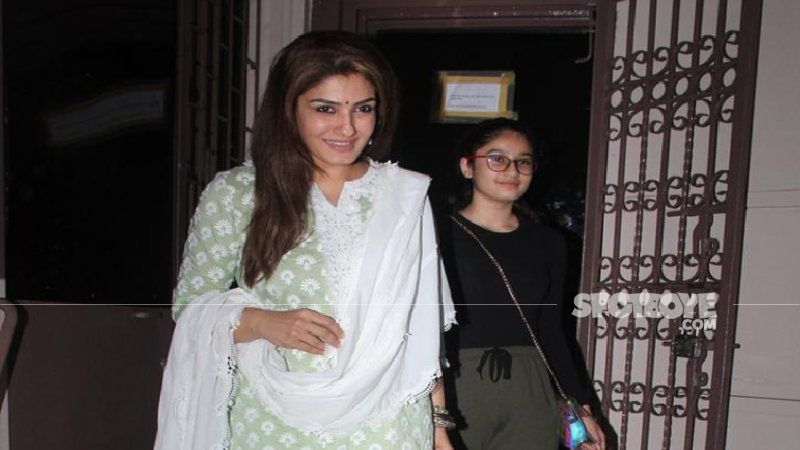 Raveena Tandon Thanks Paparazzi For Being Kind Enough To NOT Click Pictures Of Her Kids After Anushka Sharma And Virat Kohli Request The Same