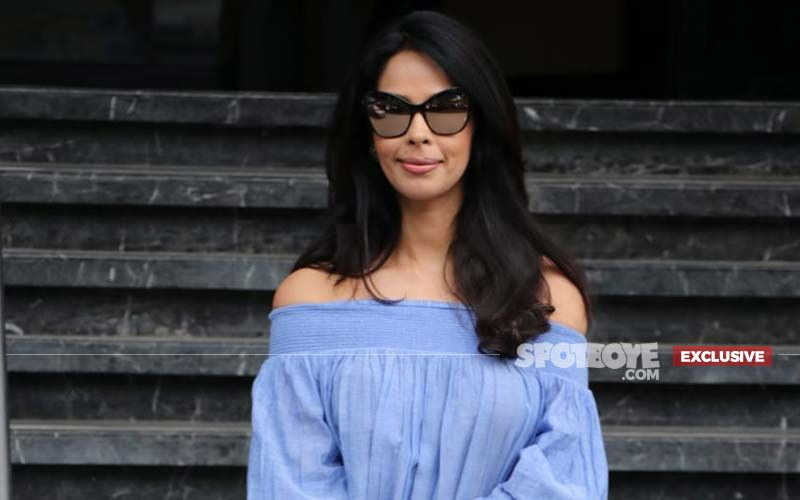 """Mallika Sherawat On Her Intimate Scene In Nakaab: """"It Was Not Difficult Getting Intimate With A Female, It Is Definitely Easier Than Getting Intimate With A Male"""" - EXCLUSIVE"""
