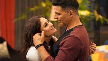 Good Newwz Song Maana Dil: Kareena Kapoor Khan-Akshay Kumar-Kiara-Diljit Dosanjh Stuck In An Emotional Dilemma