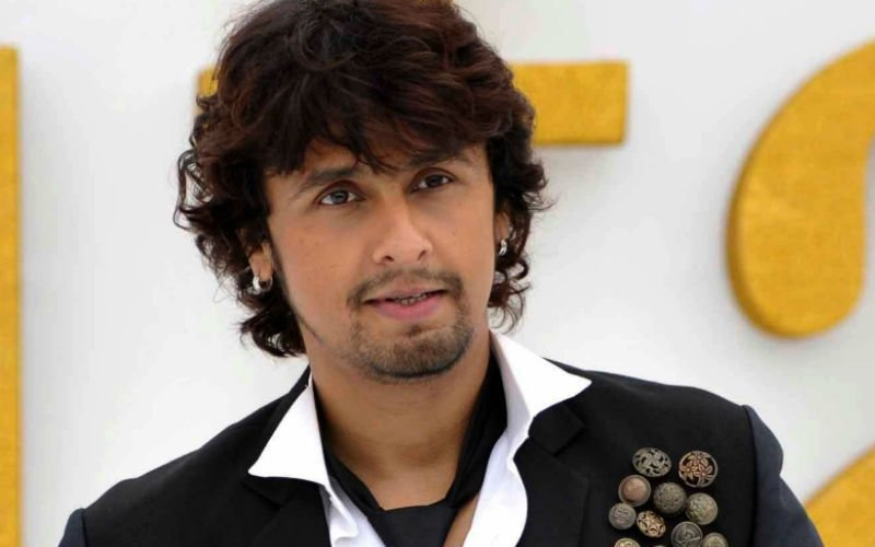 Jet Airways staff face music after Sonu Nigam croons on flight