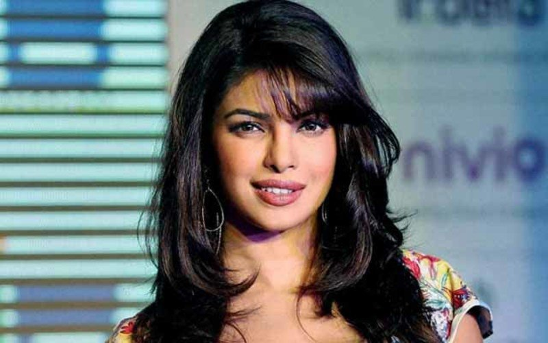 Priyanka Chopra Can Take A Punch | Starships